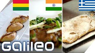 Herzhafte Teigtaschen, Lammeintopf oder süßes Gebäck - So frühstückt die Welt | Galileo | ProSieben