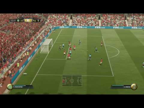 Playing FIFA 17 Against Goalkeeper With Chemistry Style GOD!!!!