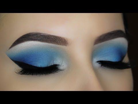 Blue Smokey Eye Makeup Tutorial