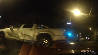 Toyota Hilux runs red light and gets T boned - Launceston Tasmania