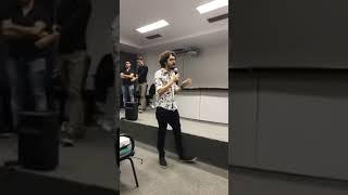 Exibição de FILME sobre OLAVO de Carvalho TERMINA em BRIGA na UFPE