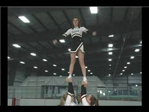 Basic Cheerleading Stunting : Cheerleading Stunts: Pop Cradle & Extensions