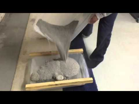 Easy way to clean cat litter box