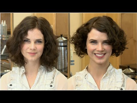 Get a Great Hairstyle For an Oval-Shaped Face With Curly Hair