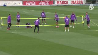 Marcelo and Danilo showcase their skills in a game of footvolley!
