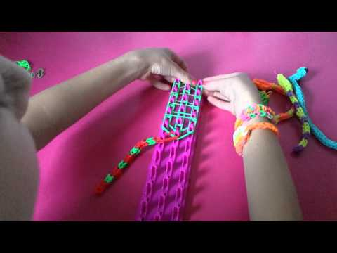 How to make a snake out of loom bands