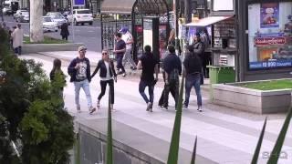 თბილისში გოგო მაგარს ეღადავება  ბიჭებს