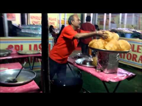Chole Bhature recipe street food - Hyderabadi Foodie