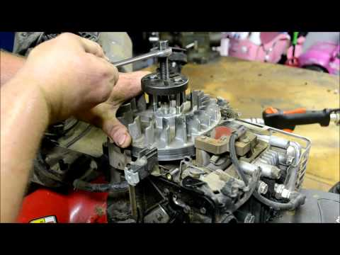 BRIGGS AND STRATTON LAWN MOWER ENGINE REPAIR :  HOW TO DIAGNOSE AND REPAIR A BROKEN FLYWHEEL KEY