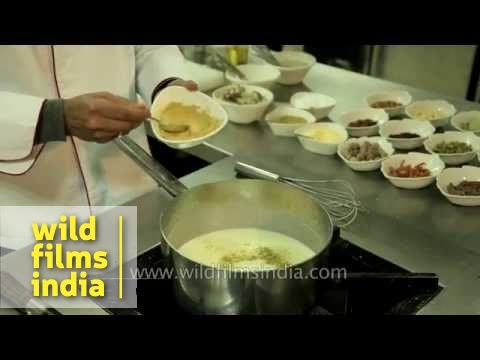 Mutton Yakhni : learn how it's made in Kashmir