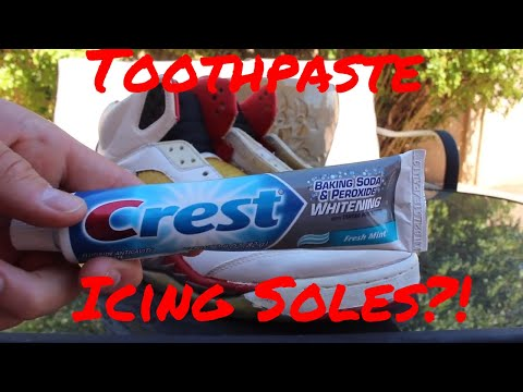BAKING SODA AND PEROXIDE ICING SOLES?! SNEAKER EXPERIMENT!