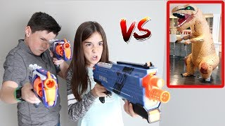 T-REX ATTACKS KIDS!!