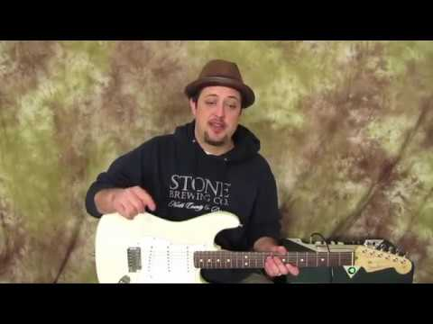 Awesome Beginner Blues Lick PLUS a Guitar Jam Backing Track (B Minor / Dorian)