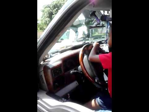 6yrs old kid driving tow truck
