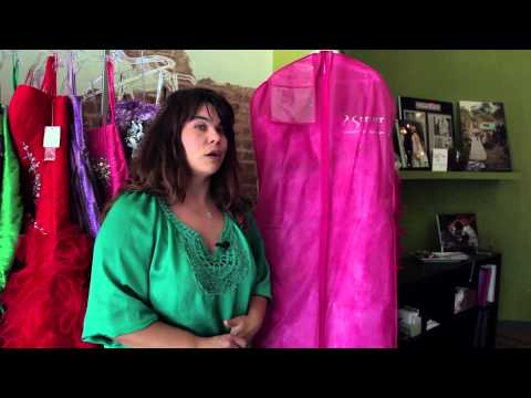 How to Store a Dress : Bridal Fashion Tips