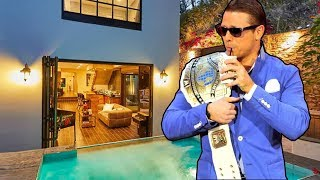 10 Mansions Where Wrestling