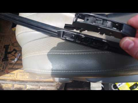 2007-2013 Toyota Tundra wiper blade replacement