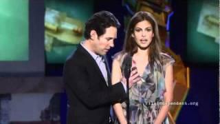 Paul Rudd, Eva Mendes, y Rosario Dawson Comparten un Momento en el 2011 Independent Spirit Awards