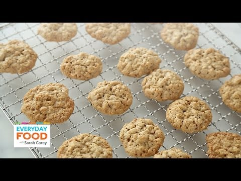 Crispy Maple Oatmeal Cookies - Everyday Food with Sarah Carey