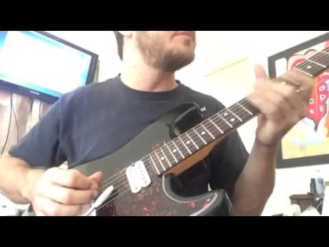 Floating tremolo stays in tune