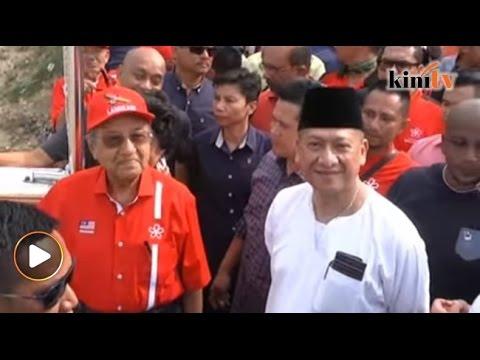 Tun M sempat sindir Nazri dalam ceramah di Padang Rengas