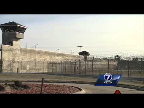 ACLU threatens prison overcrowding lawsuit