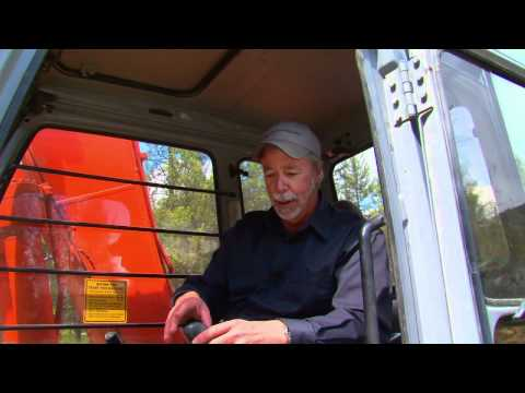 How to Drive an Excavator - West Coast Escapes TV