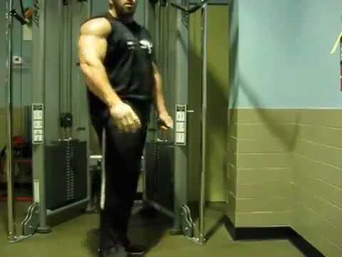 Frankie Paulk Training Triceps to Increase Arm Size...RxWhey.com