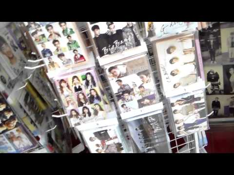 Seoul 2014: Kpop Shopping in Myeongdong