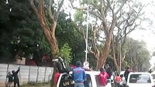 UZ students besiege Mugabe residence