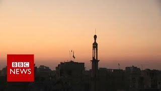 Exclusive from Raqqa: IS fighters seeking a deal to move safely out of the city  - BBC News