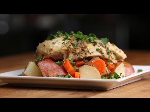 Easy Foil-Pack Lemon and Rosemary Chicken Dinner