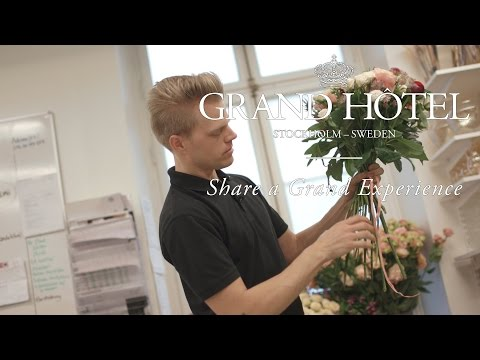 How to Make the Perfect Flower Arrangement | The Grand Hôtel Tutorial