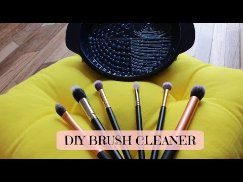 DIY Brush Cleaner | PINTEREST HACKS| how to clean makeup brush
