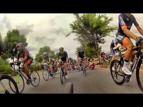 Crash at 2016 Bicycle Escape Criterium Category 3 Race