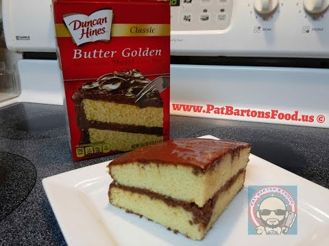 Duncan Hines®Classic Butter Golden Cake With Homemade Chocolate Frosting