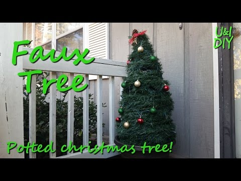Faux Potted Christmas Tree - DIY Tutotial