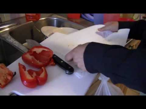How to Grow Pepper From Fresh Seeds of a Red Pepper Plant. The Environmental Friendly Way!
