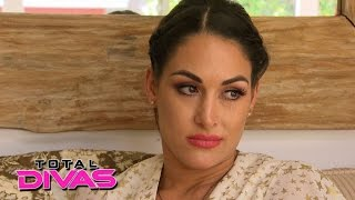 Brie Bella confides in Nikki Bella: Total Divas, July 14, 2015