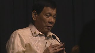 Philippines President Duterte sings love song at Donald