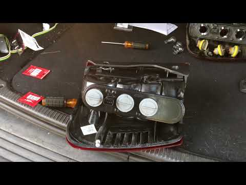 How To Change Taillight Bulb Sockets 99-04 Jeep Grand Cherokee