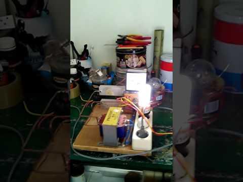 Inverter Rakitan dengan CD4047