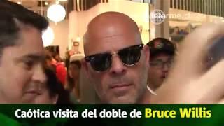 """[Chile] """"Bruce Willis"""" dejó la grande en el Costanera Center"""