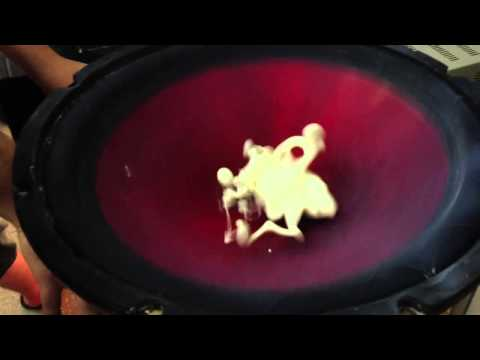 Messing with Non-Newtonian Fluids (Cornstarch & Water) and a Subwoofer.