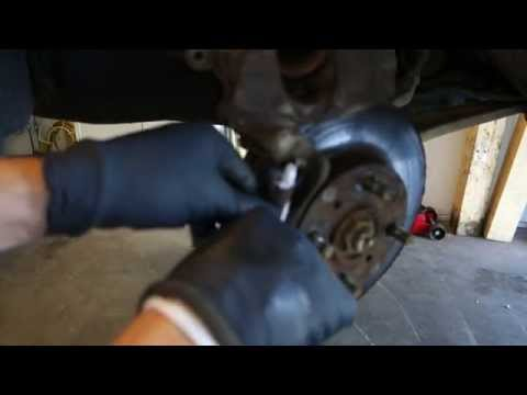 How to replace front brake pads Honda Civic. Years 1992 to 2002