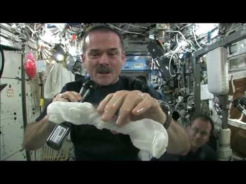 how to wash your cloth in space