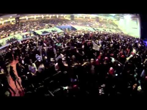 Fãs em Monterrey antes do Show começar!