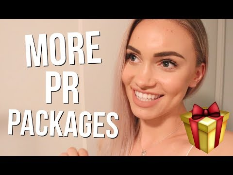 VLOGMAS DAY 18 // More PR Packages!