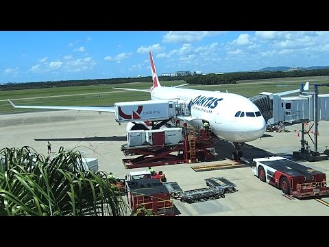 Flight Review Qantas Brisbane to Narita Tokyo A330-300 Business Class