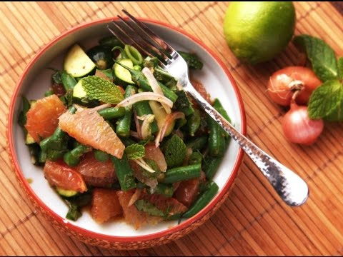 Recipe of Spicy Thai Style Pomelo, Green Bean, and Zucchini Salad